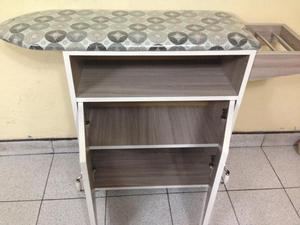 Mueble decorativo con planchador plegable y posot class for Mueble planchador