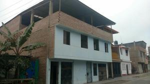 Casa de Tres Pisos 200mts2