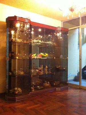 Remato elegante mueble bar o aparador de vidrio90 metros, ancho 2