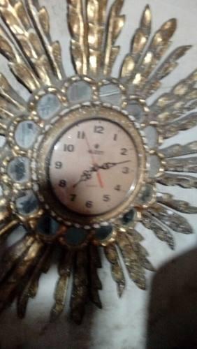Reloj Estilo Pan Dé Oro