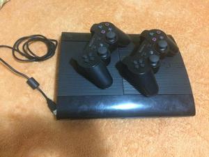 PS3 SLIM en excelentes condiciones 250GB juegos negociables