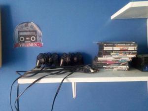 vendo cables de play 2 y mandos y la consola la vendo para