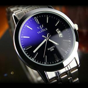 Elegante Reloj de Acero