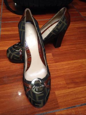 Zapatos para Mujer Fendi Talla 39.