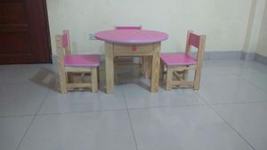 Mesa de ninos nido o inicial con 4 sillas color posot class for Mesas de colores para ninos