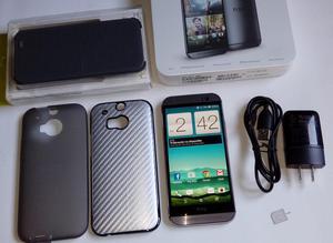 HTC One M8 En Caja Semi Nuevo