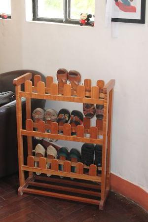 Zapatera porta zapatos tacos lima callao posot class for Mueble zapatera hasta 32 pares zapatos