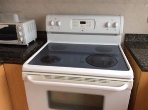 Cocina electrica 4 hornillas con horno posot class for Cocina 06 hornillas