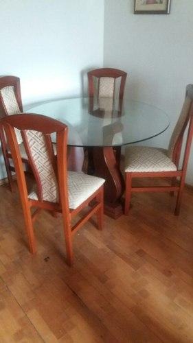 Comedor de 6 sillas practicamente nuevo lima posot class for Comedor redondo 6 sillas