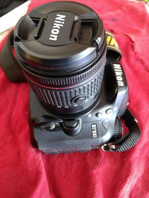 Nikon D con Dos Objetivos