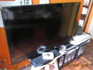 VENDO TV PANTALLA PLANA, LCD SMART TV, MARCA MIRAY DE 42