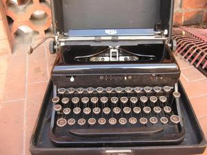 Vendo Maquina de escribir en perfecto estado