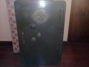 Antigua caja fuerte para coleccionistas Marca Milners´