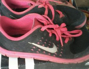 Oferta 6 Pares de Zapatos Talla 31