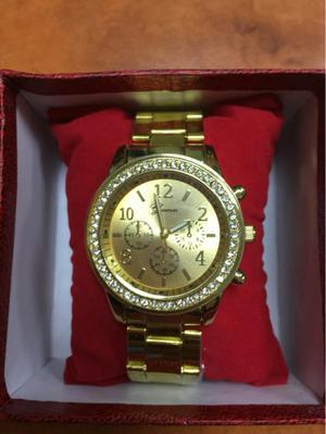 Reloj Geneva Dorado