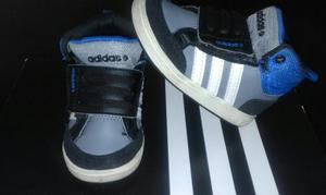 Seis Pares de Zapatos Y Zapatillas Origi