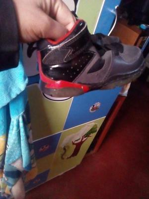 Zapatillas Jordan Talla 22