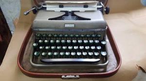 Antigua Maquina De Escribir Halda Industria Sueca