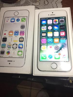 iPhone 5S de 16 con Caja Solo Equipo