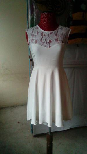 Vestido de fiesta talla small cel  precio 150