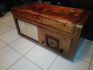 Antigua Radio Radiola Catedral Philips