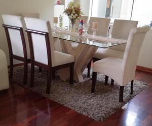 Comedor de 6 sillas con mesa de vidrio y base posot class for Mesa comedor vidrio
