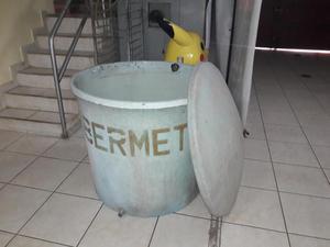 Vendo tanque de agua antiguo de ethernit posot class for Vendo estanque para agua