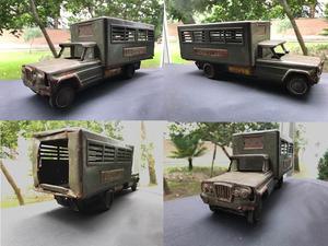 Antiguo juguete camion combat