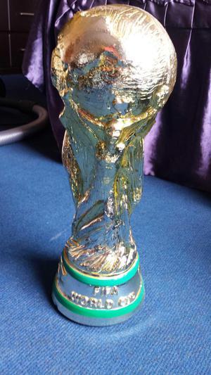 Replica Copa del Mundo Yeso Masiso