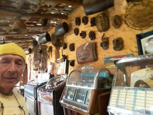 Tecnico en Rockolas Antiguas