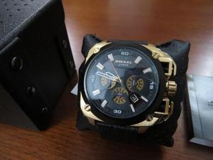 Reloj Diesel modelo DZ para hombre
