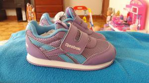 Zapatillas de niña marca reebok ORIGINALES