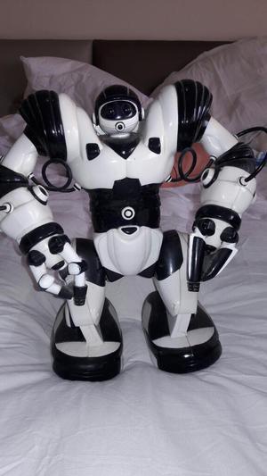 Robot Original Blanco con Negro