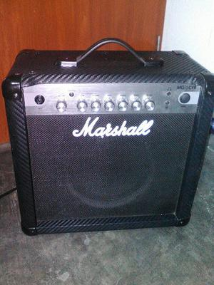 Vendo Amplificador Marshall Mg15cfr
