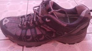vendo zapatillas the north face 180 soles