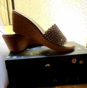 Sandalias nueva marca Aziz