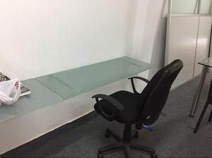 Se vende escritorio de vidrio lima posot class for Escritorio de vidrio