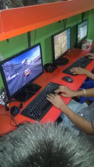 OCASION SE TRASPASA CABINA DE INTERNET S/