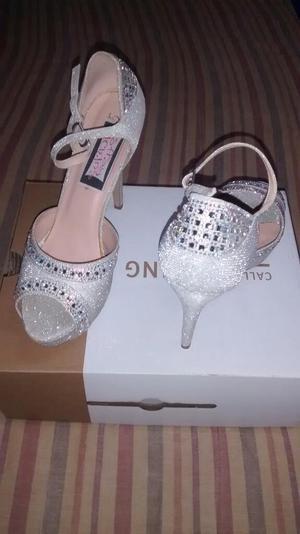 Zapatos Plateado Tella 40 Taco 12 Nuevo