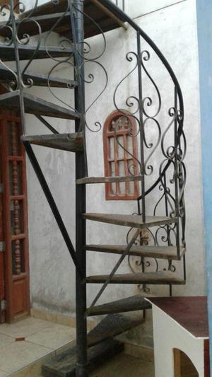 Escalera Caracol Usada. Excellent Escalera Caracol De Pisos De ...