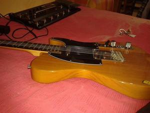 S/. 450 Guitarra eléctrica JAY TURSER TELECASTER 8 DE 10