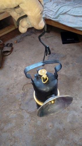 Antigua Lampara De Minero A Carburo