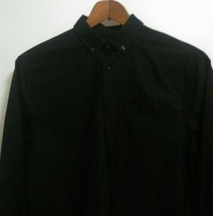 Camisa Negra de Hombre Hm Regular Fit.