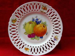 Tres antiguos platos chinos de mimbre posot class for Platos porcelana