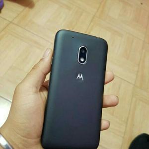 Remato Moto G4 Play. Como Nuevo