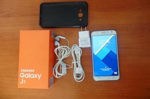 V/cambio Samsung Galaxy J7 Libre,excelente Estado!