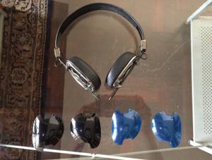 Audífono Skullcandy Navigator Con Tapas Negras Y Azules
