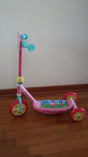 Scooter de Peppa Niña