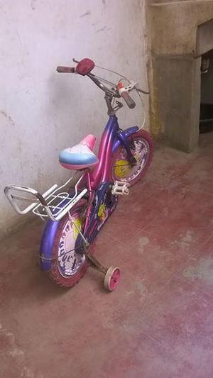 vendo bicicleta para niña a solo 50 soles