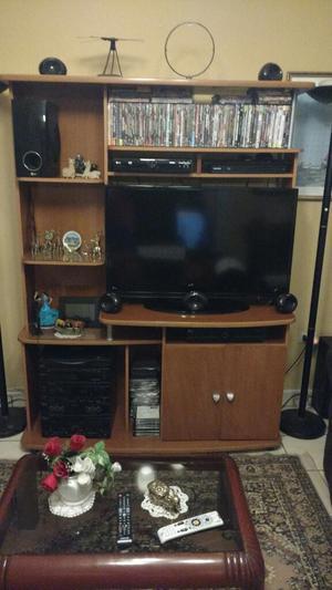 Remate mueble de entretenimiento para tv equipo posot class for Centro mueble